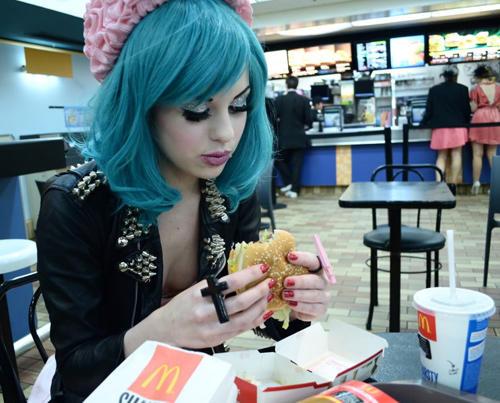 emo-girl-mcdonalds