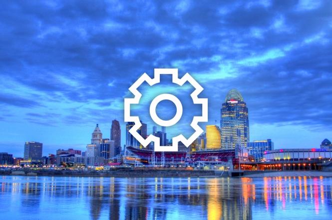 Editorial, Cincinnati Ohio skyline at 6am, January 16, 2012